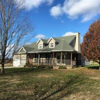 Beautiful home on 40 acres in Webster County Missouri
