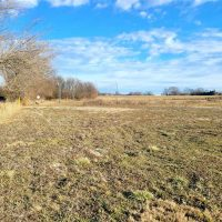 Development property off I-44 with 27 acres!